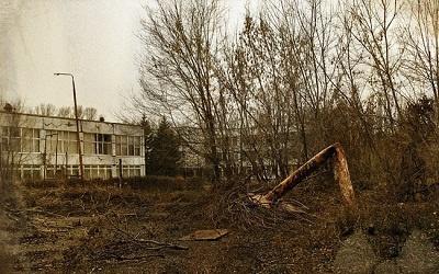 Одна из школ Тольятти. Фотоколлаж Михаила Дорофеева foto-mishel.livejournal.com/1979.html, выставка TAUN 2015