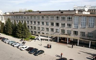 Главный корпус ТГУ, фото с сайта tltsu.ru