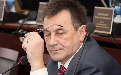 Виктор Попов, фото с сайта dumatlt.ru
